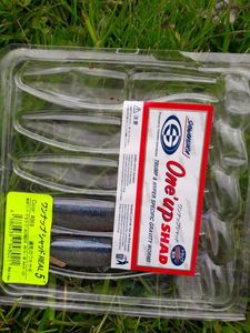 """Lures Sawamura ONE UP SHAD 5"""" color 69"""