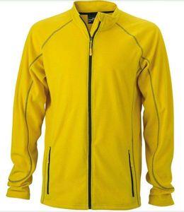 Apparel Décathlon Veste polaire jaune.