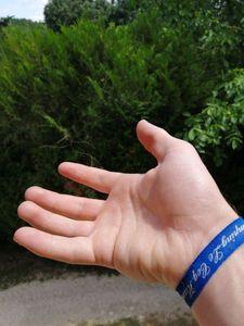 Empty-Handed — clément tujague